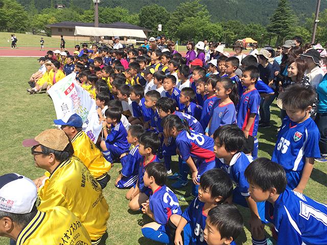 奉仕活動写真 キッズサッカーフェスティバル